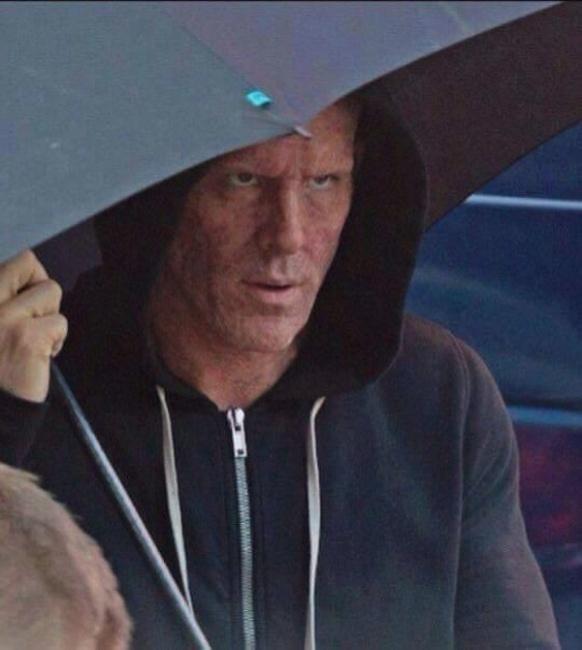ICv2: Ryan Reynolds' Unmasked 'Deadpool' Look